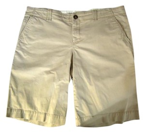 Old Navy Pockets Shorts beige