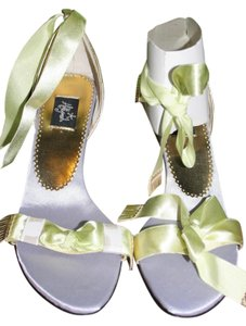 Frederick's of Hollywood Anklet Low Heel Spring lime & lilac Sandals