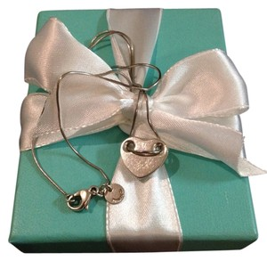 Tiffany & Co. Tiffany & Co Silver Threaded Heart Necklace