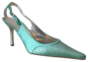 St. John Aqua green Pumps