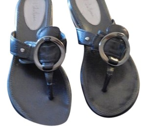 Cole Haan Gives Support Well Made BLACK Sandals