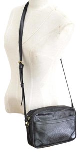 Louis Vuitton Trocadero 24 Shoulder Cross Body Bag