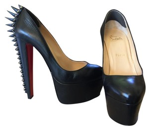 Christian Louboutin Studded Leather Premium Black/Silver Pumps