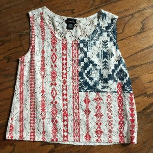 Rue 21 Top Cream/red/blue