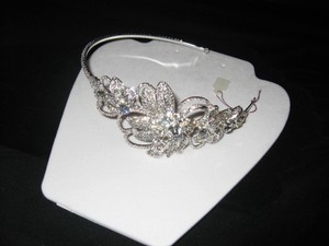 Bridal Tiara - Floral Design (hp-20)
