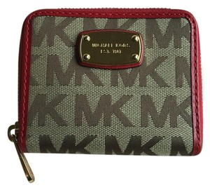Michael Kors Jet Set Signature Bifold Wallet Beige Ebony Red