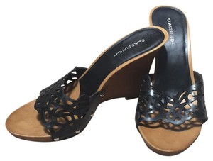 Classified Black Wedges