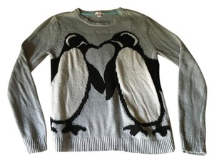 Xhilaration Penguins Kissing Sweater