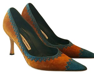 Manolo Blahnik Brown/Blue Pumps