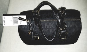 Michael Kors Mk Signature Gold Tone Hardware Leather Straps Pyramid Detail Satchel in Black