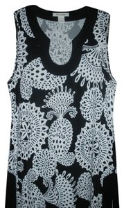 White House | Black Market Sleeveless Tunic