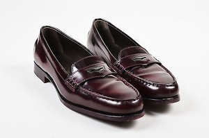 Tod's Tods Burgundy Leather Red Flats