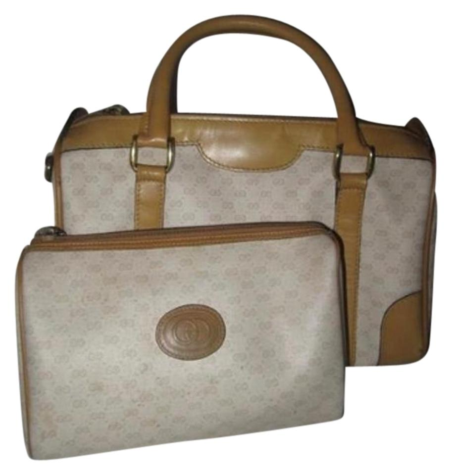c6c073ca0036 Gucci Doctor s Speedy Boston Classic Style   Mint Vintage Satchel in camel  leather and small ...