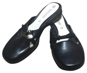 Predictions Black Flats
