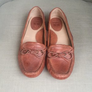 Frye Campus Womens Distressed Cognac Flats