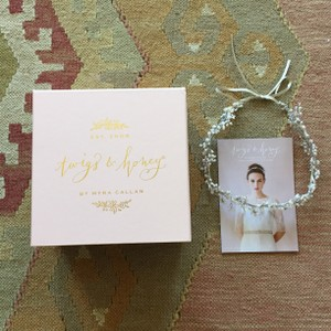 BHLDN Twigs & Honey Baby's Breath Headband
