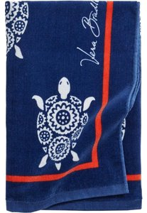 Vera Bradley VERA BRADLEY XL PLUSH TURTLE BEACH TOWEL