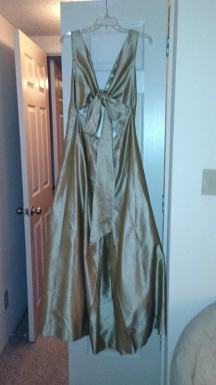 Gold Low Cut Back with Bow Stash Dress Size 12 (L)