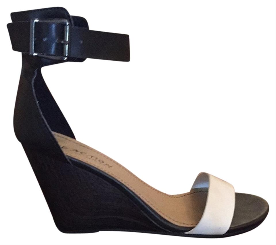 kenneth cole reaction white black wedges size 6 5 46