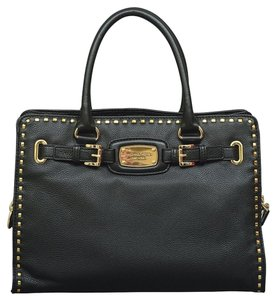Michael Kors Mk Large Hamilton Tote in Black/Gold Hardware