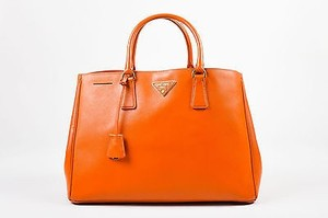 Prada Leather Saffiano Tote in Orange