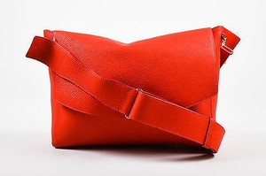 Victoria Beckham Pss16 Crimson Calf Lambskin Soft Shoulder Bag