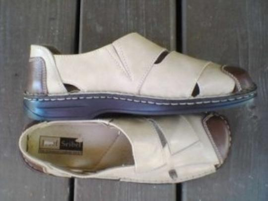 Josef Seibel tan with dark brown trim Sandals
