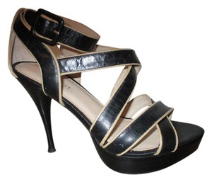 Nine West Leather Strapy Sexy Platform black & tan Sandals