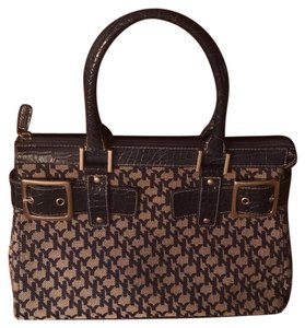 New York & Company Satchel in Navy And Beige