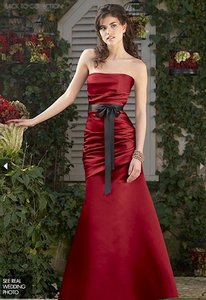 Watters Pomegranate Duchess Satin Modern Bridesmaid/Mob Dress Size 8 (M)