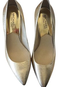 MICHAEL Michael Kors Gold Pumps