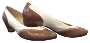 Salvatore Ferragamo Brown, tan, white Pumps