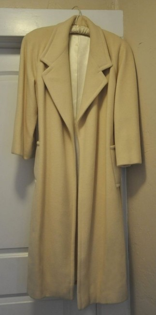 Preload https://item2.tradesy.com/images/regency-cashmere-cream-ivory-imagnin-trench-coat-size-8-m-18041-0-0.jpg?width=400&height=650