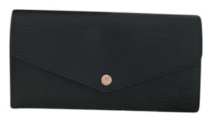 Louis Vuitton Like New - Louis Vuitton Sarah Wallet Black Epi Leather
