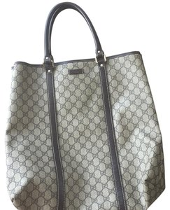 Gucci Tote in Khaki Coated Canvas And Beige