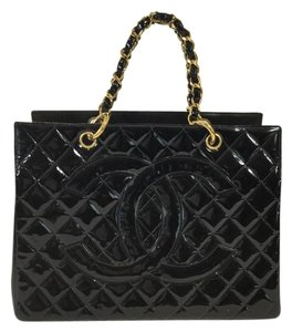 Chanel Patent Leather Tote Satchel in Black