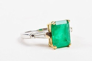 Other 18k White Yellow Gold 2.53 Ct Emerald 0.24 Ct Baguette Diamond Ring