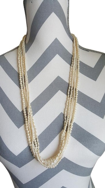 Item - Pearl Multi-chain Necklace