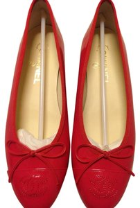 Chanel Calfskin Patent Leather Patent Leather Red Flats