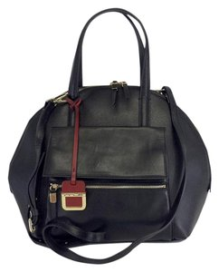 INNUE' Black Structured Leather Convertible Shoulder Bag