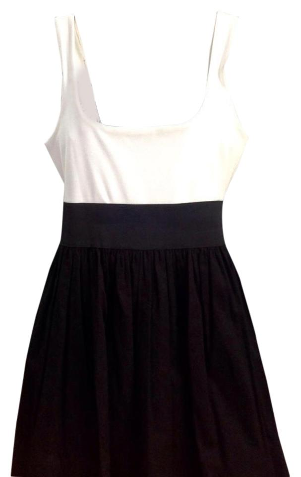 1ee09afaeb2d Aqua Black and White Above Knee Short Casual Dress Size 14 (L) - Tradesy
