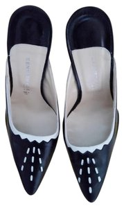 Kenneth Cole black/cream Mules
