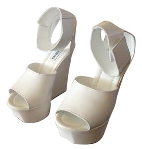 Steve Madden Wedding Comfortable White Wedges