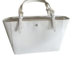 Tory Burch Robinson Tote in New Ivory
