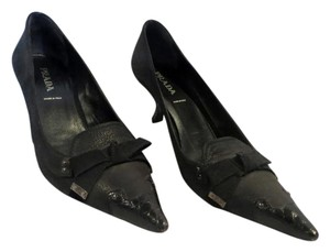 Prada Kitten Heel Metal Heel Bow Accent Suede Leather Black Pumps