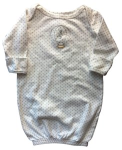 Carter's Carter's Gown (New) White with Grey Polkadots Size 0-3 months