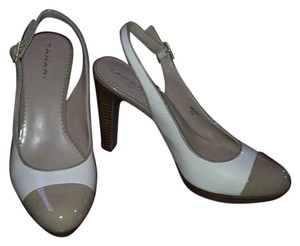 Tahari Khaki leather, tan patent leather tip Pumps