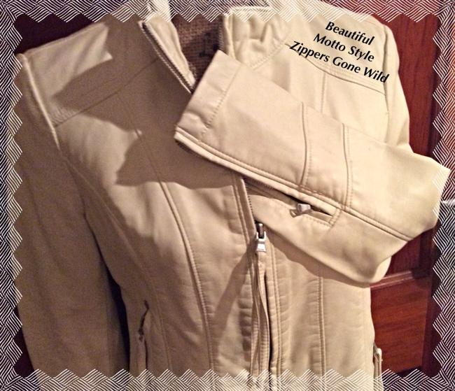 BIG CHILL/by VINTAGE Off White w Silver hardware Jacket Image 1