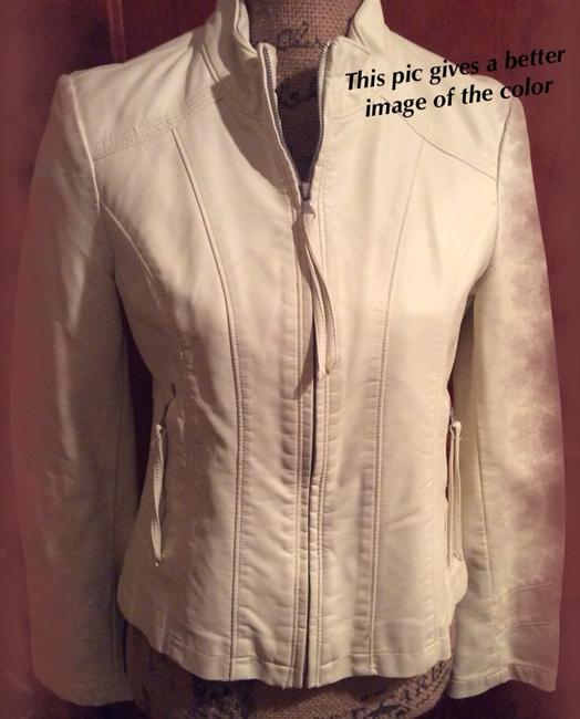 BIG CHILL/by VINTAGE Off White w Silver hardware Jacket Image 2