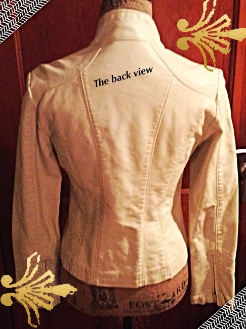 BIG CHILL/by VINTAGE Off White w Silver hardware Jacket Image 3